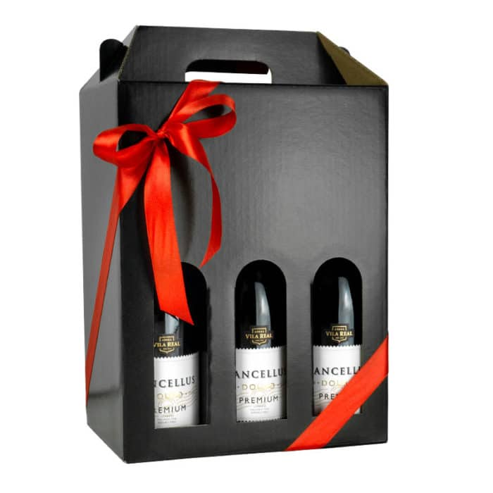 Kvalitets vinkarton i blanksort pap til 6 flasker a 75 cl. med rødt gavebånd
