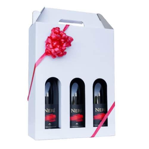 Flot vinkarton i hvidt pap til 3 flasker a 75 cl. i høj kvalitet, med rødt gavebånd