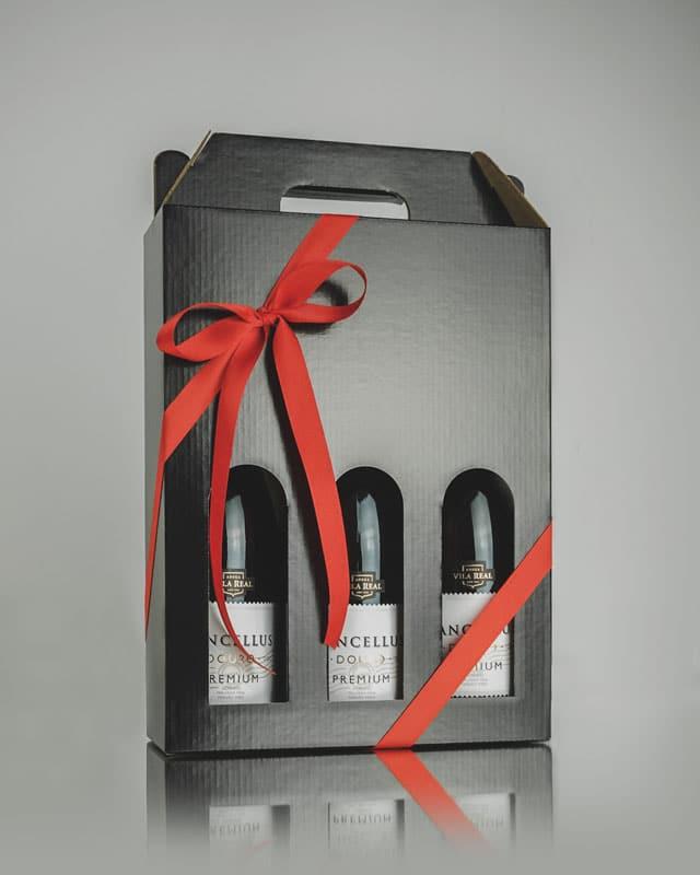 Vinkarton i blanksort til 3 flasker vin - Reflektion