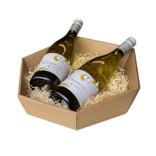 6-kantet / sekskantet gavekurv i natur / brun pap med træuld og 2 flasker vin