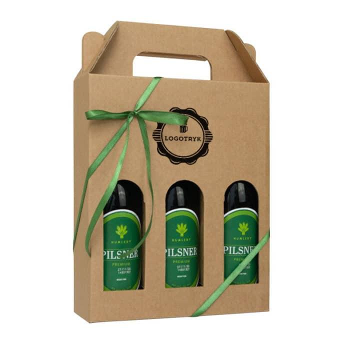 Ølkarton til 3 stk. 33 cl. flasker i natur med logotryk og grønt gavebånd